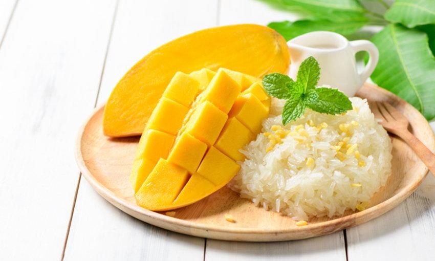5 เมนู อาหารไทยที่ได้รับความนิยม- ข้าวเหนียวมะม่วง